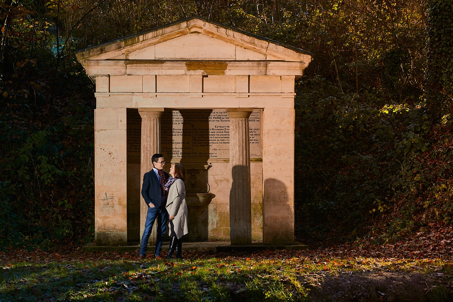 A couple pose by the statue at at Hubbards Hills, Louth, Lincolnshire